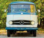 Ретро-микроавтобус Mercedes O 319 продают за $200 000 | фото