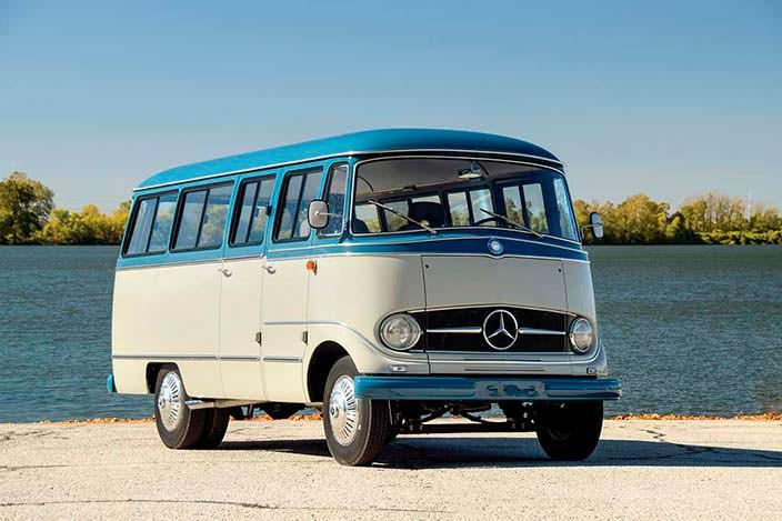 Ретро-бус Mercedes-Benz O 319