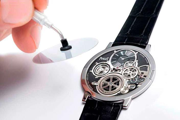 Самые тонкие наручные часы Piaget Altiplano Ultimate Concept