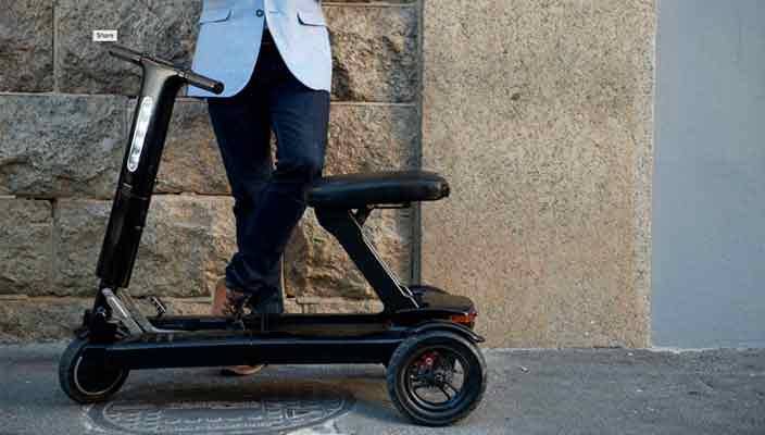 Складной электрический скутер Relync R1 размером с чемодан