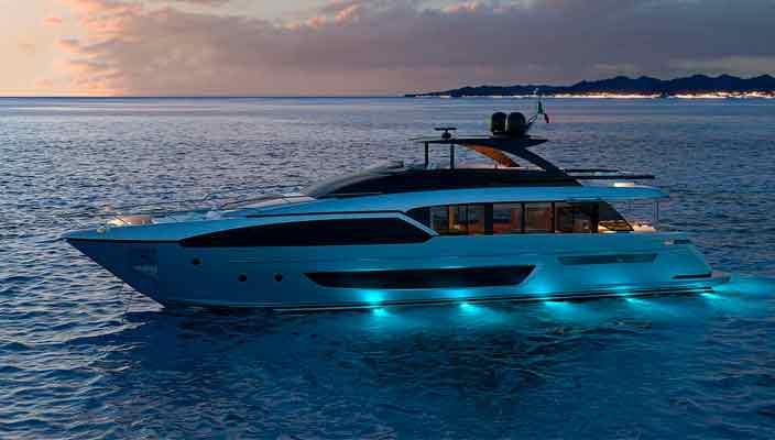 Ferretti Group раскрыла информацию о яхте Riva 90 | фото