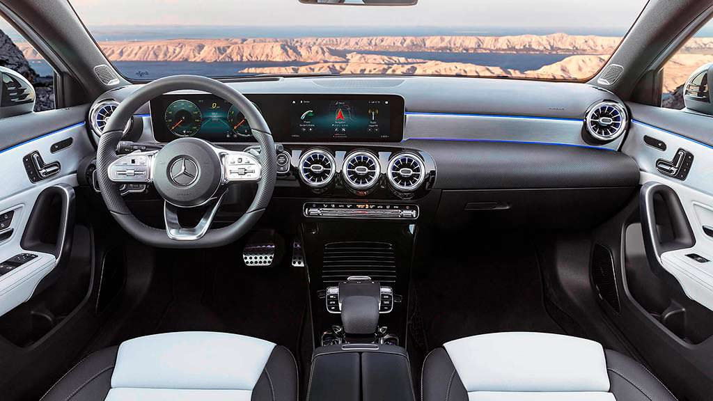 Фото салона Mercedes-Benz A-Class четвертого поколения
