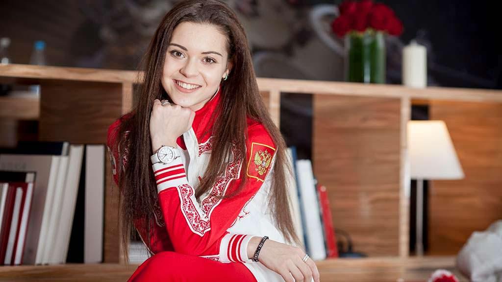 Фото | Российская фигуристка Аделина Сотникова. 21 год