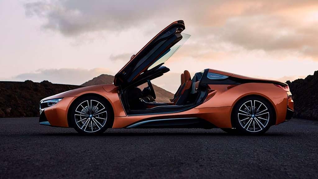 i8 Roadster - самый дорогой автомобиль BMW