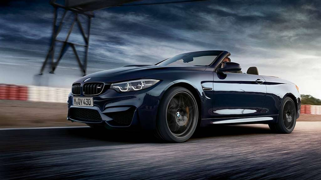 BMW M4 Convertible Edition 30 Jahre. Цвет Macao Blue