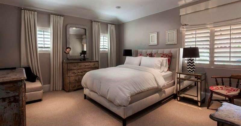 Гостевая спальня в доме в средиземноморском стиле