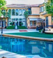 Чарли Шин продает дом в Лос-Анджелесе по цене $10 млн | фото