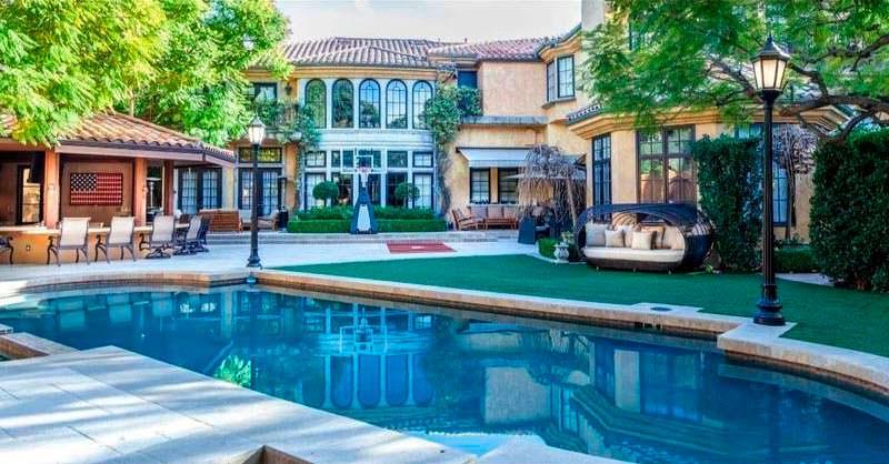 Дом Чарли Шина в Шерман-Окс, Лос-Анджелес