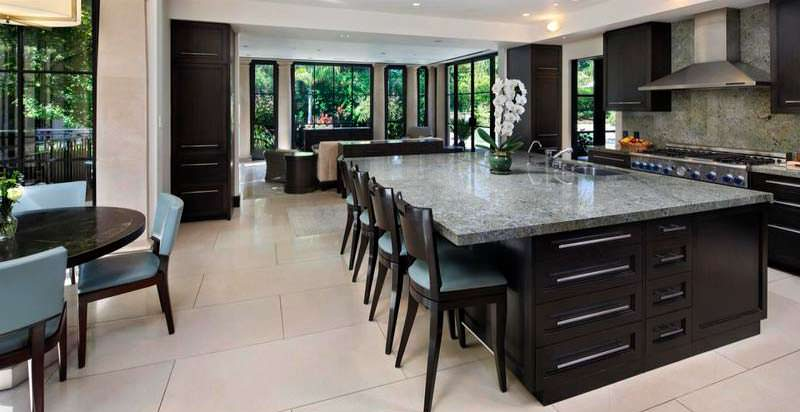 Дизайн кухни-столовой в доме главы Seagate