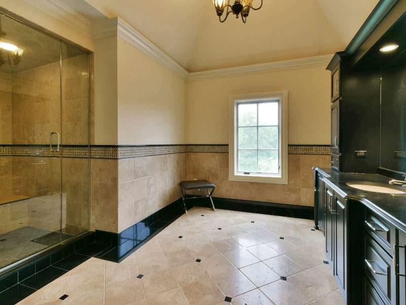 Дизайн ванной комнаты в замке во французском стиле