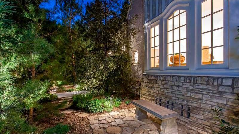 Дом Moby в Лос Фелис, Калифорния