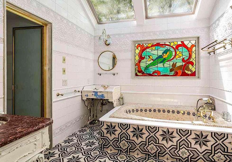Французская плитка в дизайне ванной комнаты