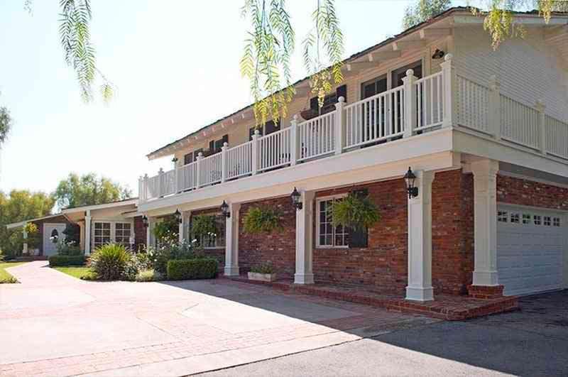 Дом Майли Сайрус в Хидден-Хилс, Лос-Анджелес