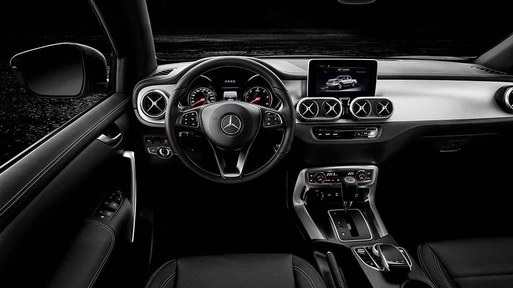 Фото салона Mercedes-Benz X-Class