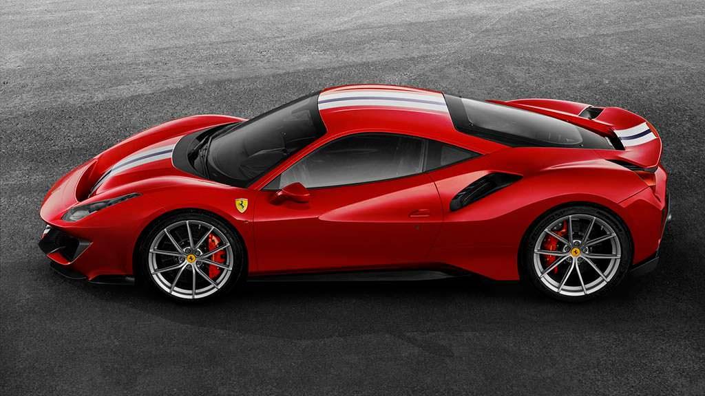 Ferrari 488 Pista: максимальная скорость 340 км/ч