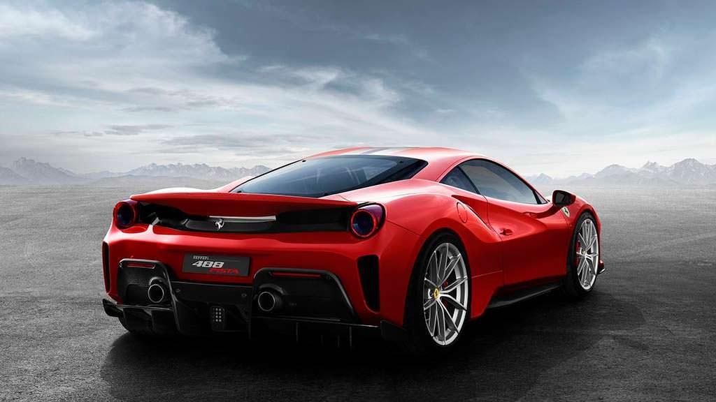 Ferrari 488 Pista: мощность 770 л.с.