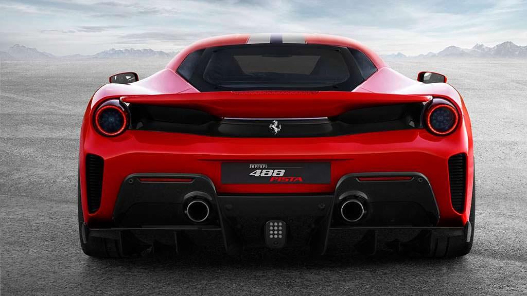 Новая Ferrari 488 Pista