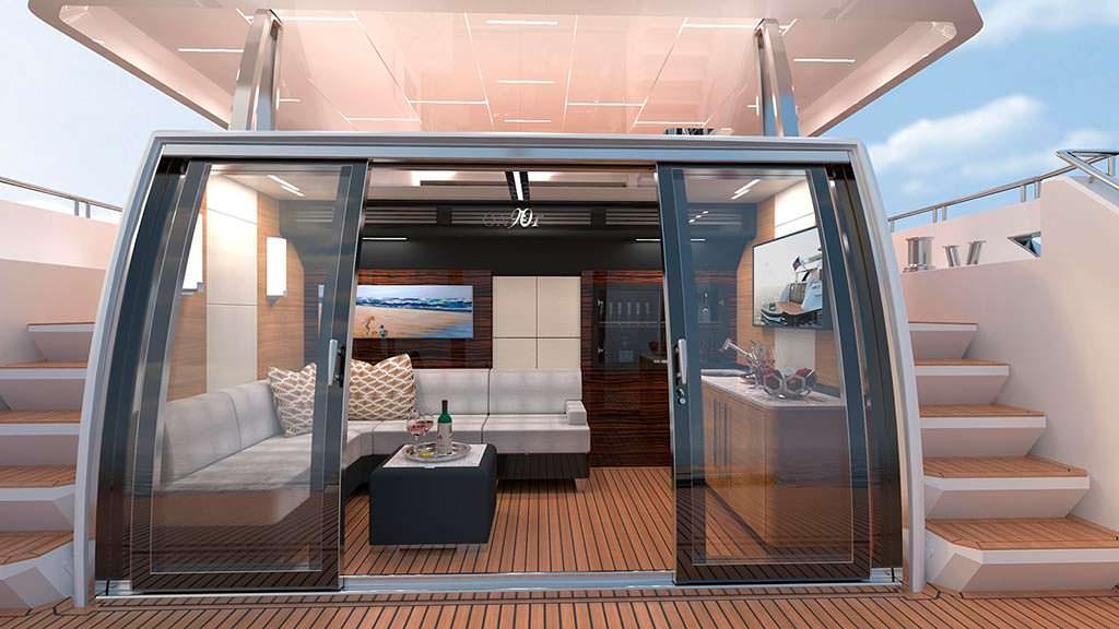 На палубе яхты Ocean Alexander 90