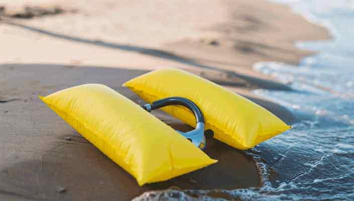 Ploota - самый маленький спасательный жилет в мире
