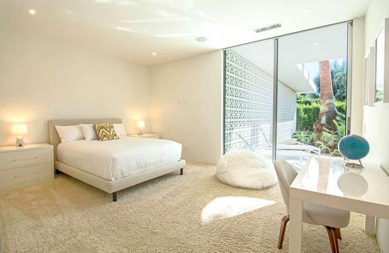 Дизайн гостевой спальни в светлых тонах