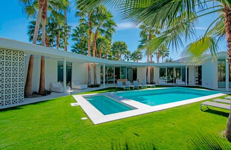 Дом с бассейном и спа в Палм-Спрингс