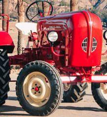 Трактор Porsche 1961 года продадут с аукциона | фото, цена