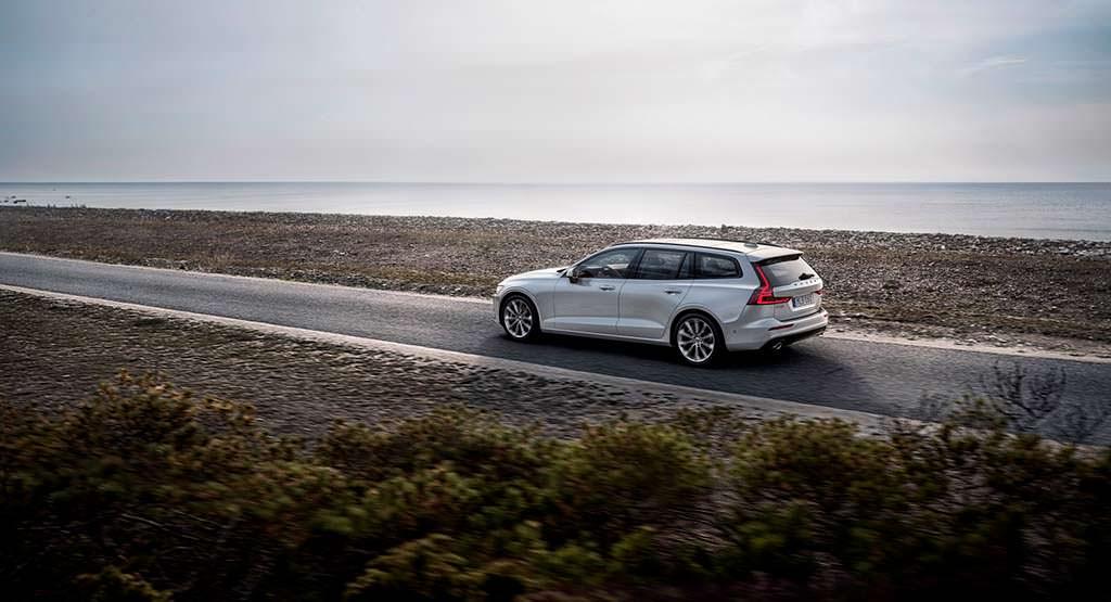 Шведский универсал Volvo V60 нового поколения