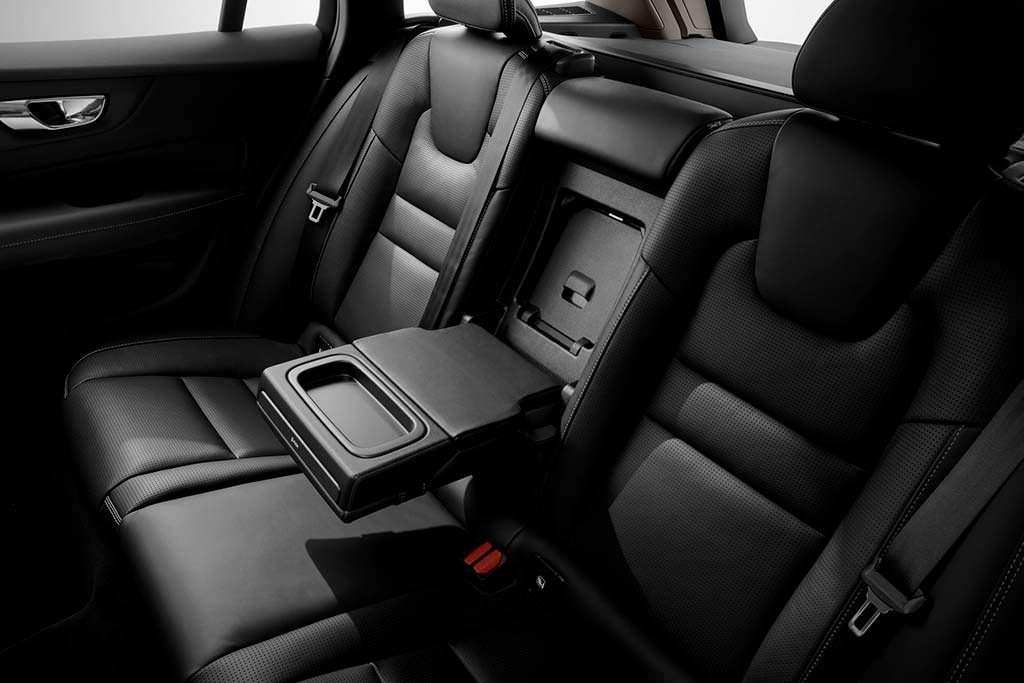 Задние сиденья Volvo V60