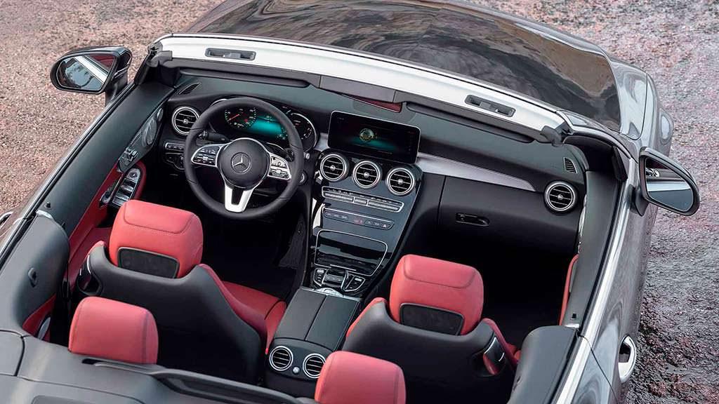 Фото внутри Mercedes-Benz C-Class Cabriolet