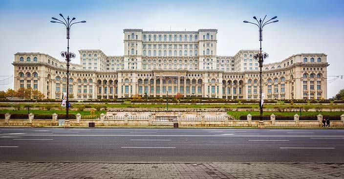 Дворец Парламента Бухареста. Цена $3 млрд