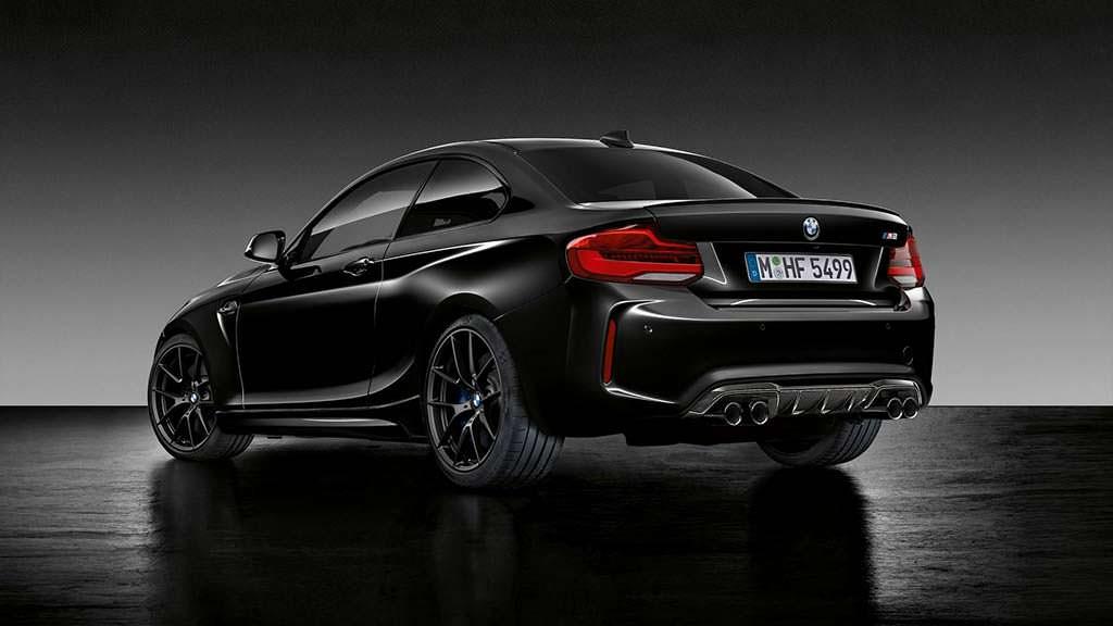 Чёрная BMW M2 Coupe Edition Black Shadow