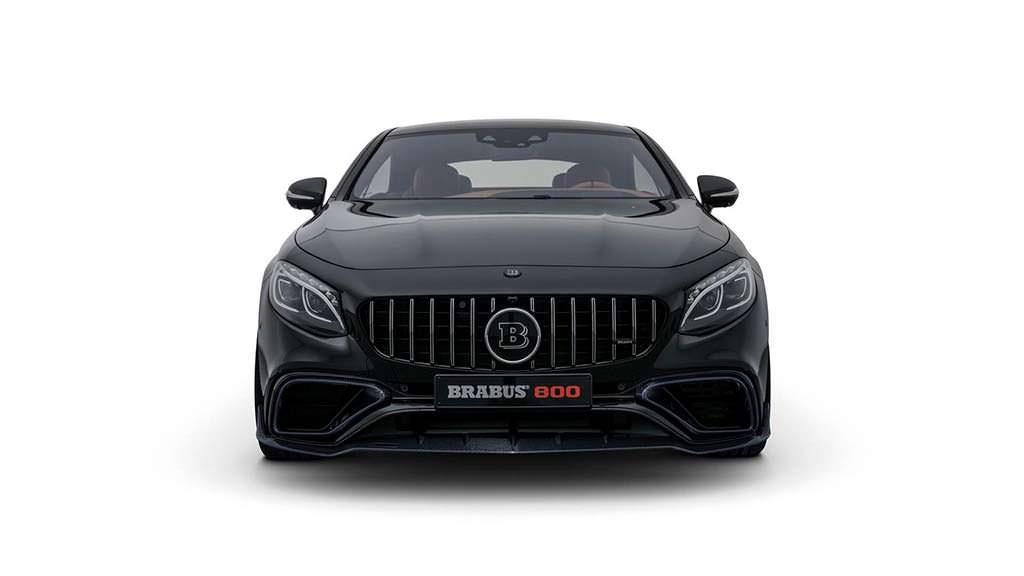 Черный Mercedes-AMG S63 Coupe. Тюнинг от Brabus