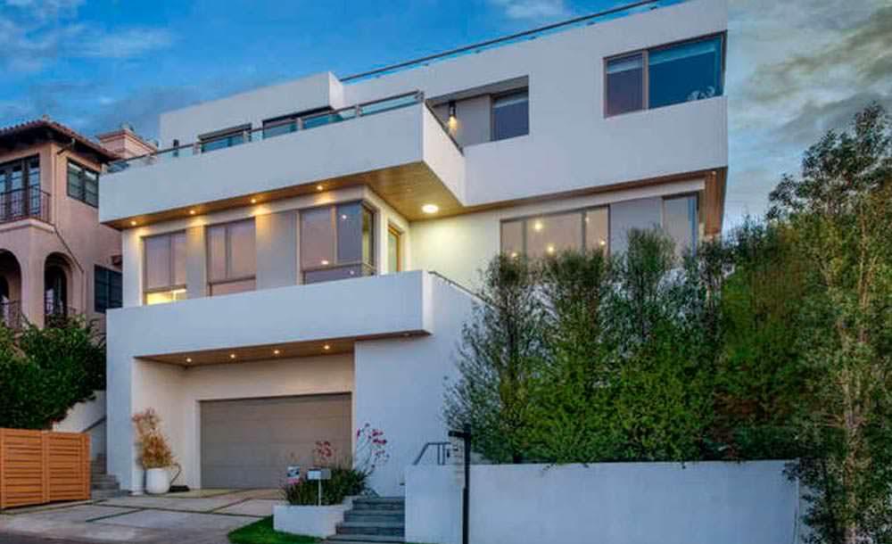 Трехэтажный дом в Лос-Анджелесе