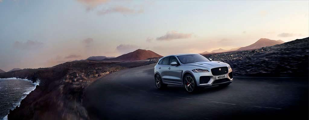 Самый мощный Jaguar F-Pace SVR