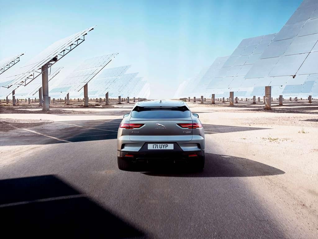 Электромобиль Jaguar I-Pace. Цена от £63 495