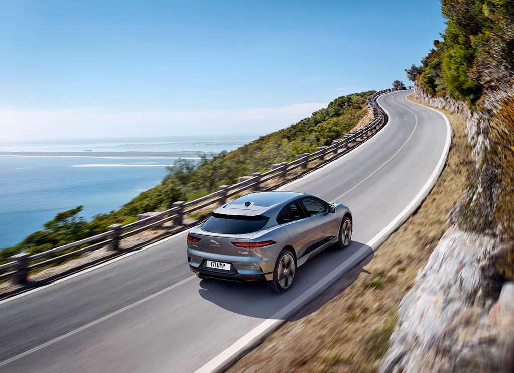 Электромобиль Jaguar I-Pace. Запас хода 475 км