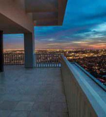 В Голливуде продается квартира миллиардера без мебели. Цена $58 млн