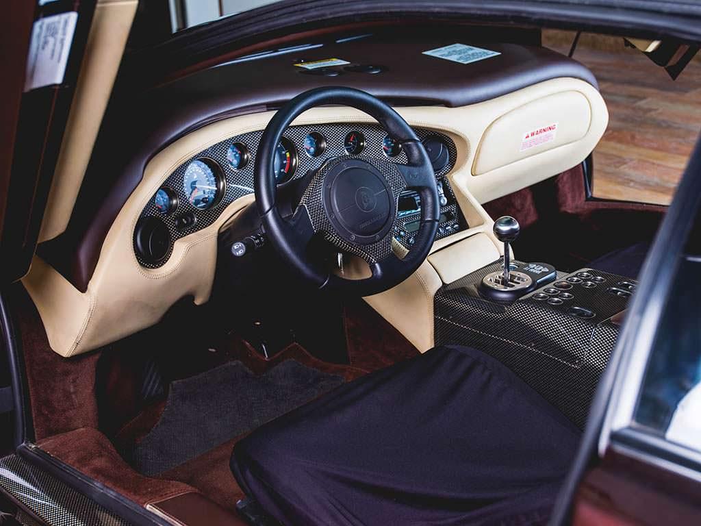 Фото салона Lamborghini Diablo VT 6.0 SE 2001 года