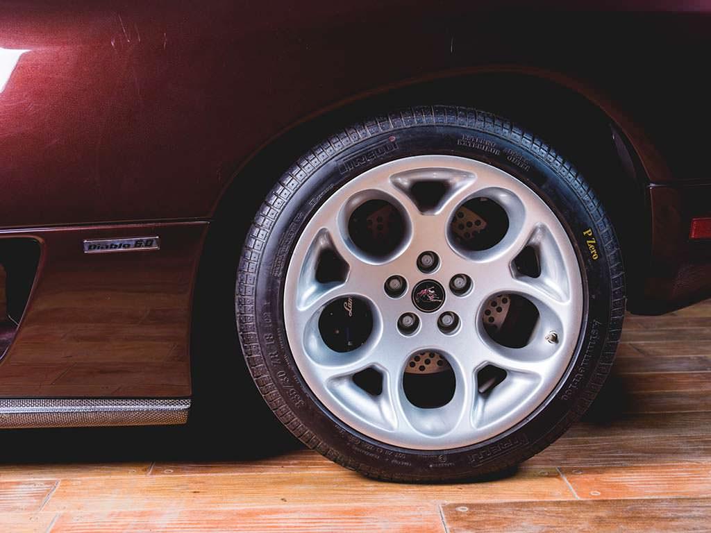 Титановые колесные диски Lamborghini Diablo VT 6.0 SE