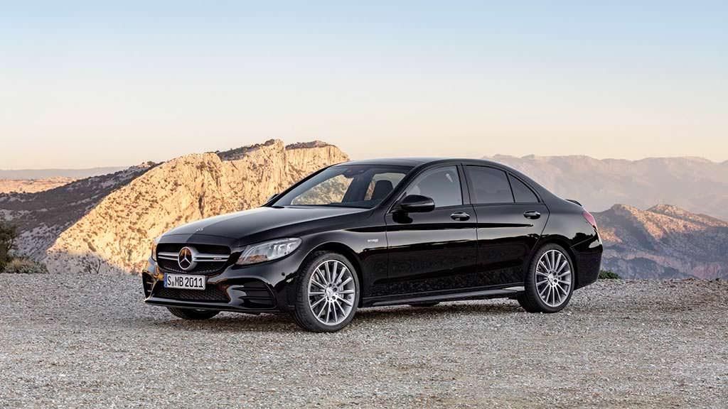 Чёрный Mercedes-AMG C43 2019 года