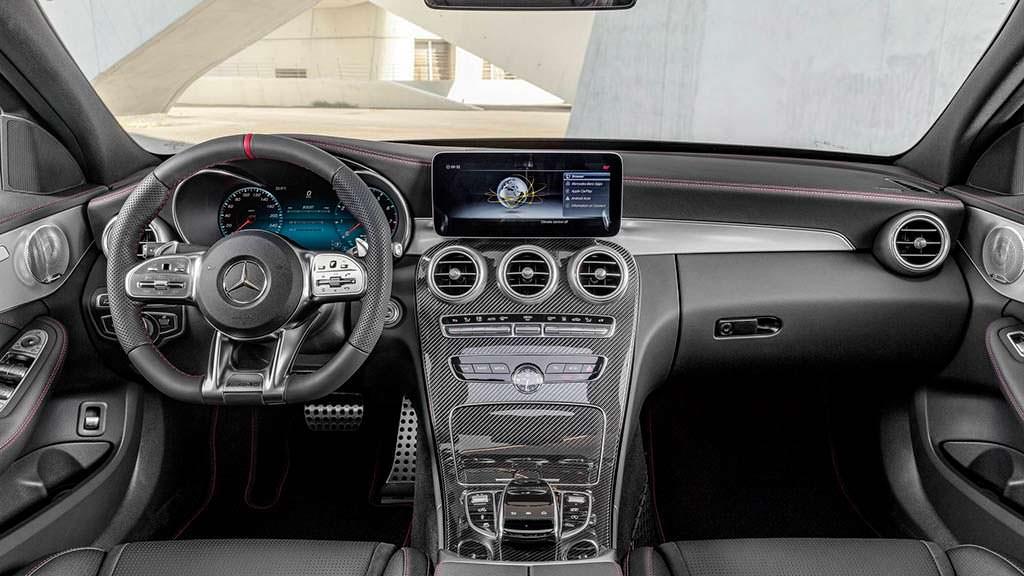 Фото салона Mercedes-AMG C43 2019