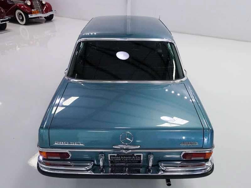 Mercedes-Benz 280SEL в кузове W108