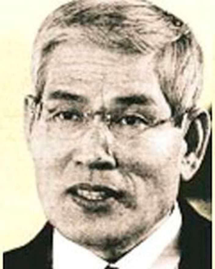 Такемицу Такидзаки - основатель Keyence