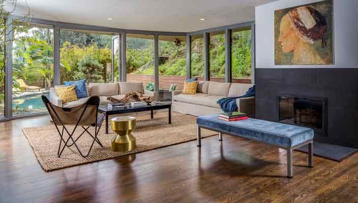 Актриса Анна Фэрис продает дом в Голливуде | фото и цена