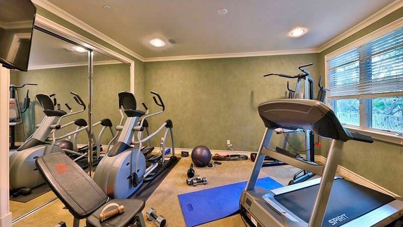 Домашний спортзал у Dr. Dre