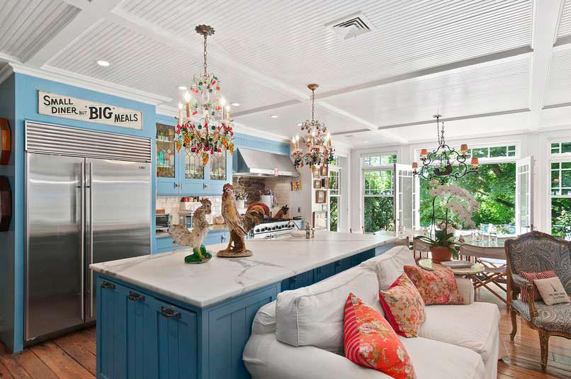 Современный дизайн кухни в доме актрисы Кристи Бринкли