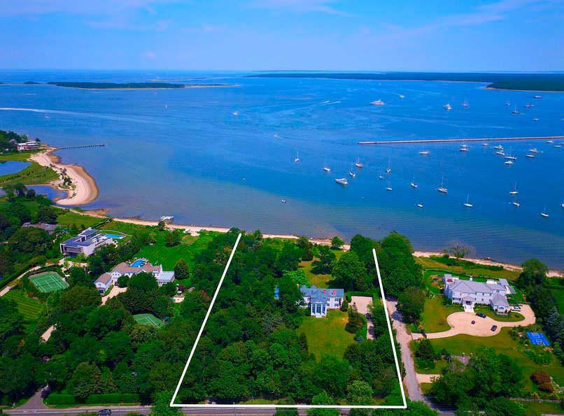 Дом супермодели Кристи Бринкли на берегу залива