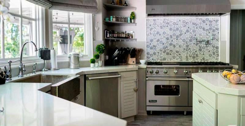 Кухня в доме актера Омара Си