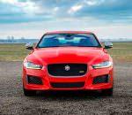 Новый спортивный седан Jaguar XE 300 Sport стал мощнее | фото