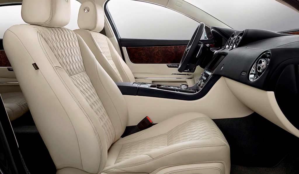 Интерьер Jaguar XJ50
